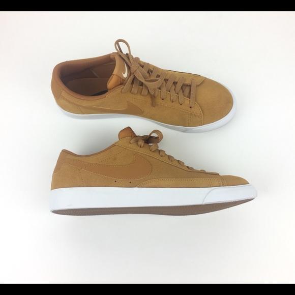 00adce5bfa Nike Blaze Low Suede AJ9516-700 Men's Size 9.5. M_5c53bc5be944ba23f9bff6ab